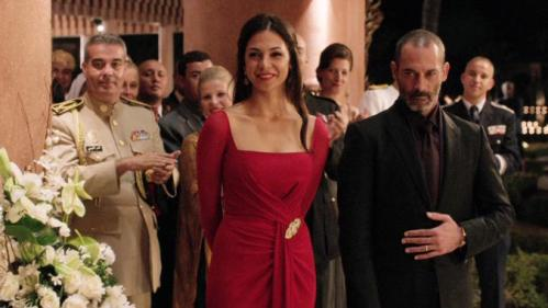 Jamal (far right) and his accentuated wife Leila (middle) keep up appearances as per social requirement (pic courtesy http://www.fxnowcanada.ca/shows/tyrant/)